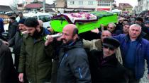 İzmir Torbalıda Cinayet Sonucu Hayatını Kaybeden Hatice Gülcemal Sızır' da Toprağa Verildi