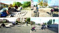 Gemerek Belediyesi Kilit Parke Taşı Çalışmalarına Dört Ayrı Koldan Devam Ediyor